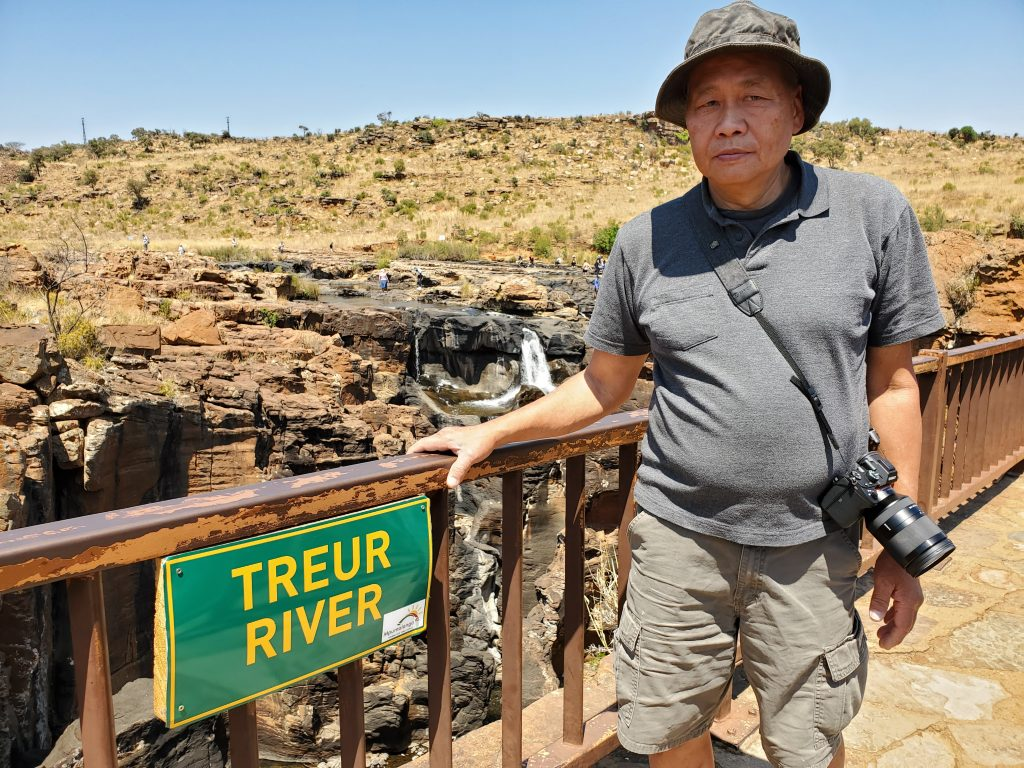 Peter on the Treur River bridge.