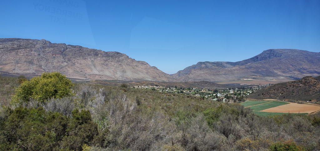 Barrydale's landscape with the fertile valleys