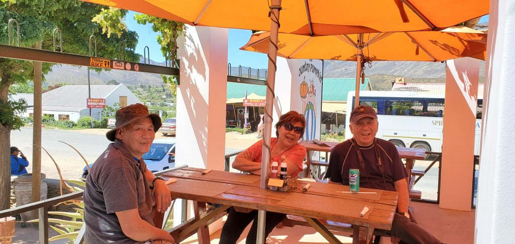 It was a hot, hot day. But we enjoyed our lunch under the umbrella shades.