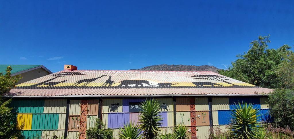 The Big Fives on the Sun Roof, Barrydale