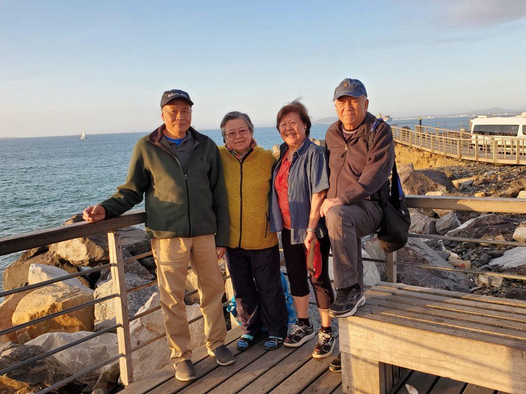 The 4 friends enjoying the Cape Town City V&A Wharf